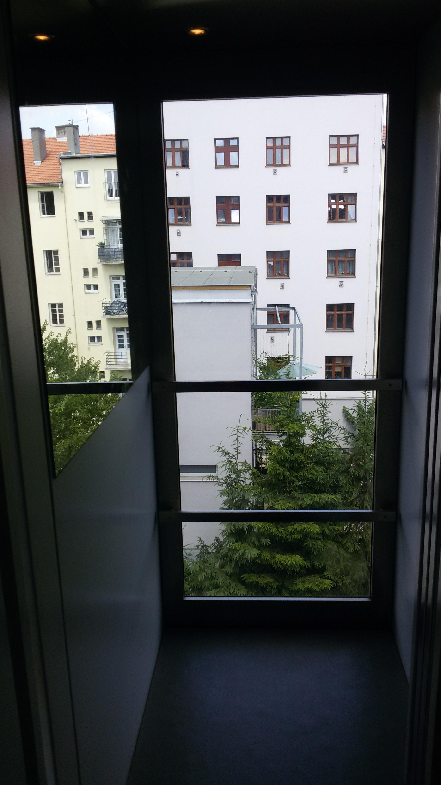 Bytové domy, Praha